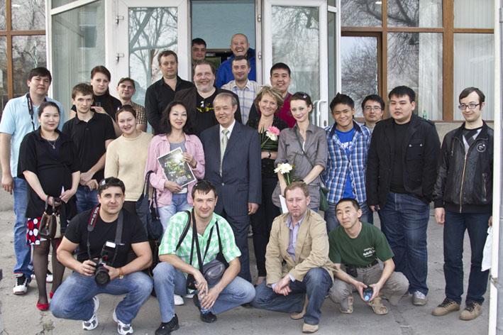 1-mutual-photo-kazakhstan-2012.jpg